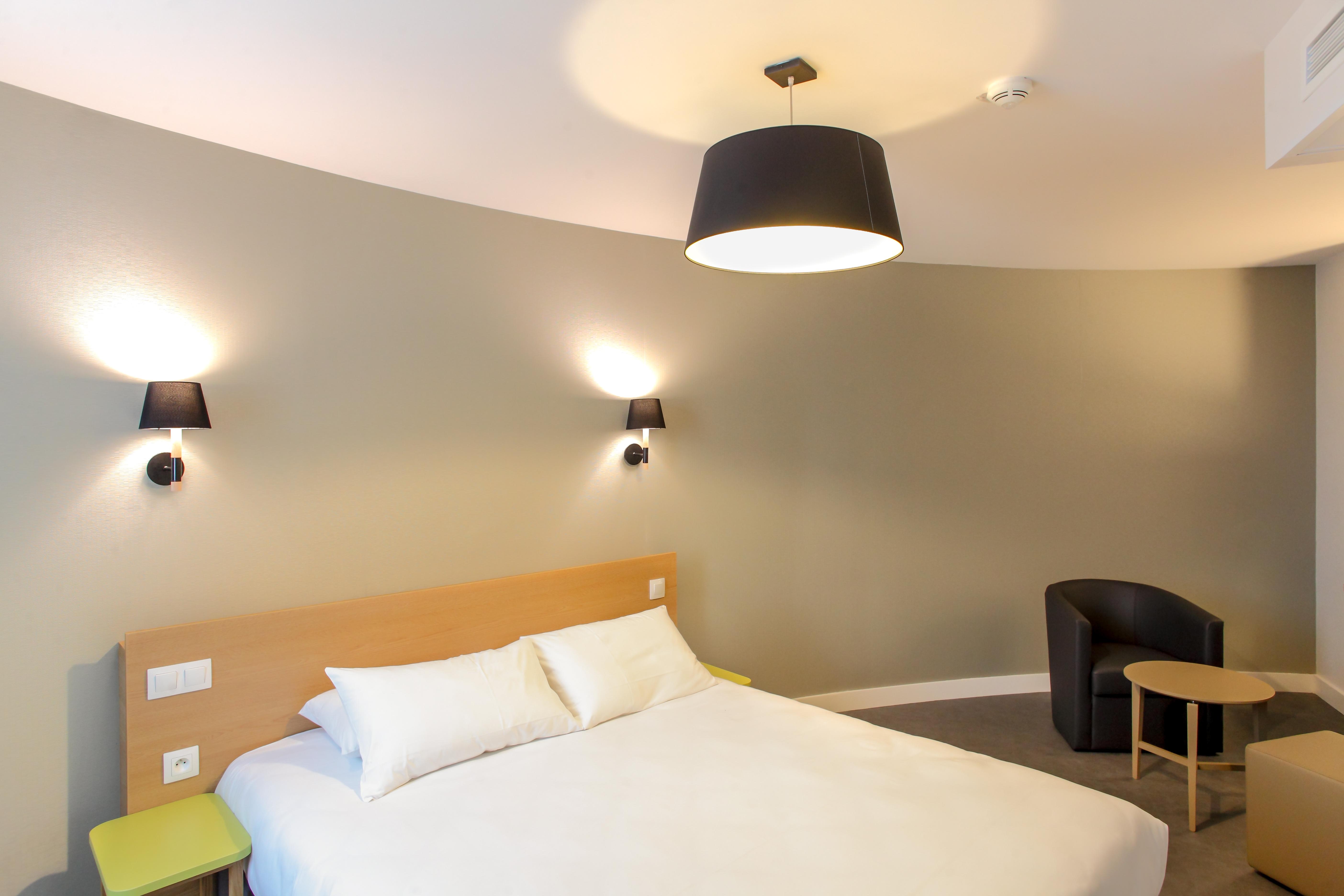 H tel reseda paris chambre ex cutive for Hotel paris chambre 4 personnes